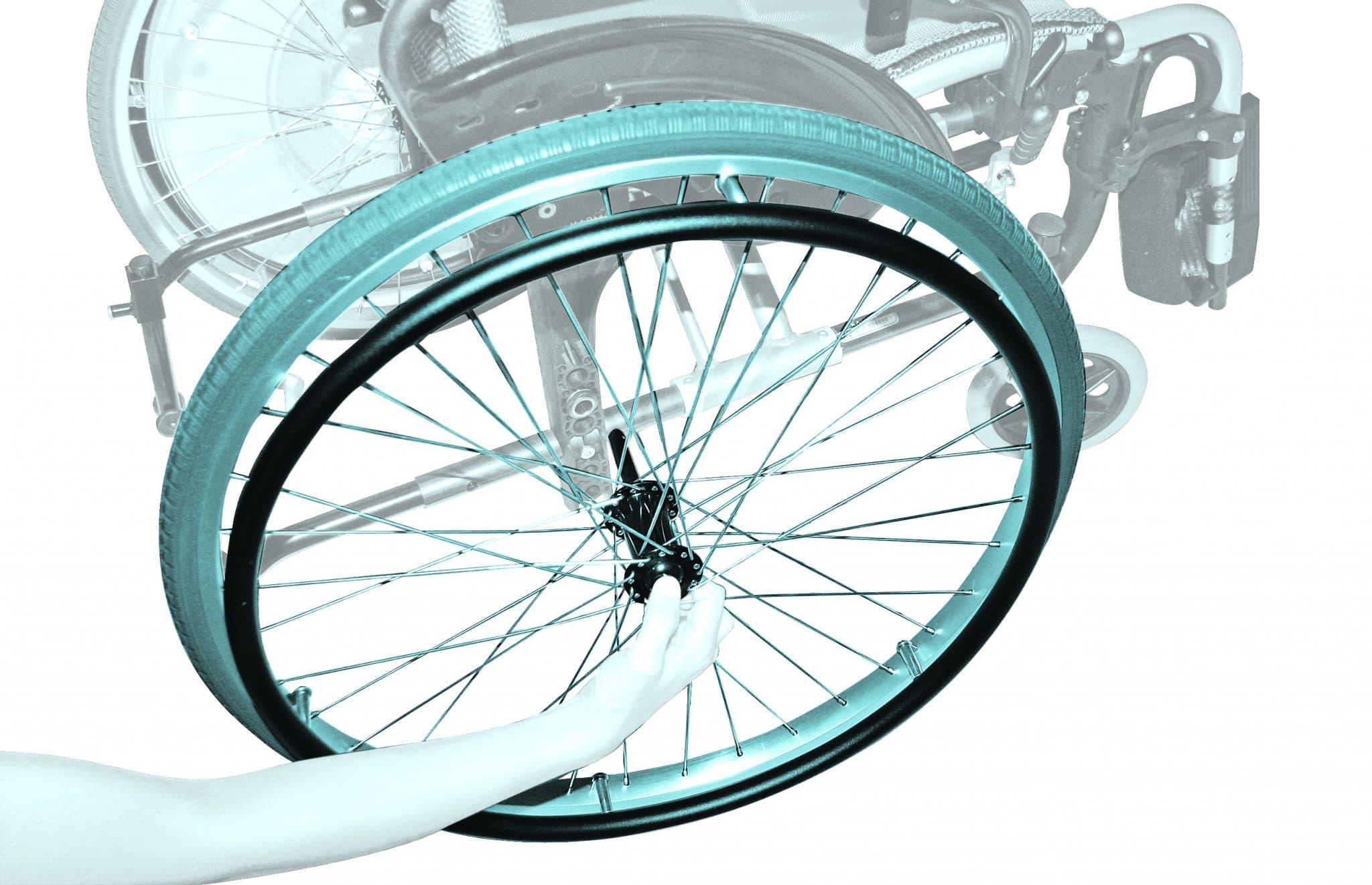 Pormenor de roda de cadeira de rodas manual
