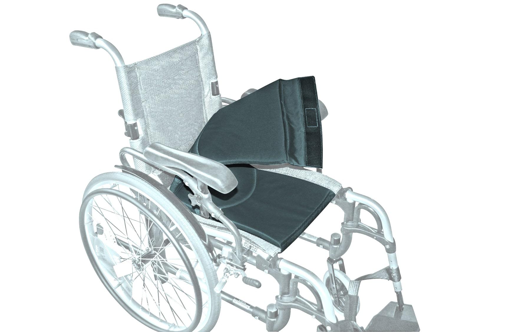 Cadeira de rodas manual com forro extraível, visto de perfil