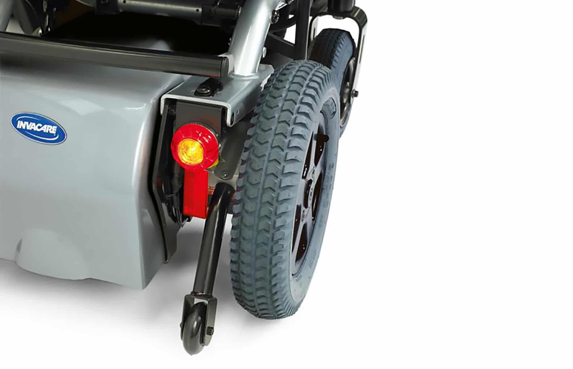 Pormenor de roda de cadeira de rodas elétrica