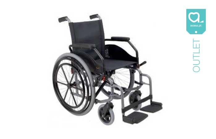 Cadeira de rodas standard