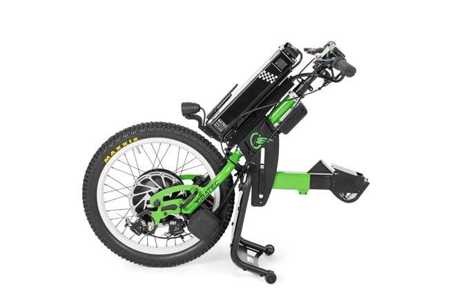 Batec Rapid (Handbike elétrica) um dispositivo de tração de acoplação à cadeira de rodas, com uma velocidade máxima de 30 km/h e autonomia até 43 km.