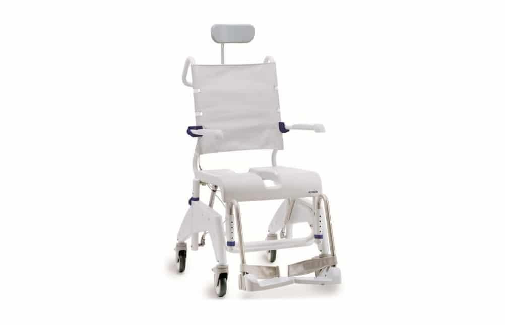 Cadeira de banho branca, vista de perfil