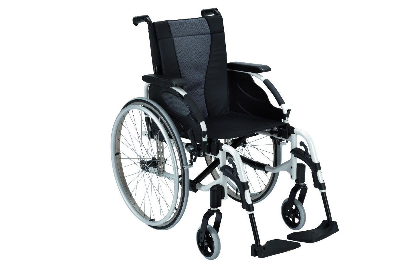 Cadeira de rodas manual de perfil