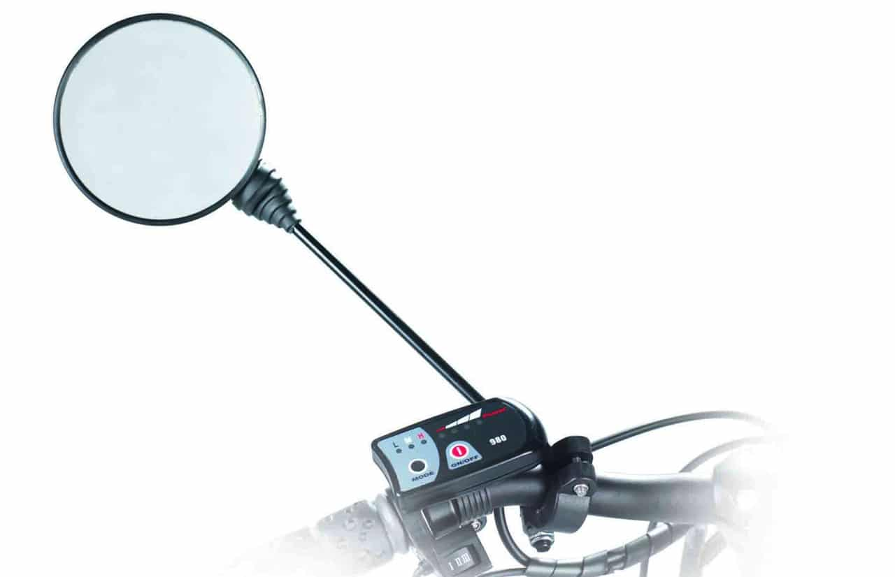 Espelho retrovisor de dispositivo de tração elétrica