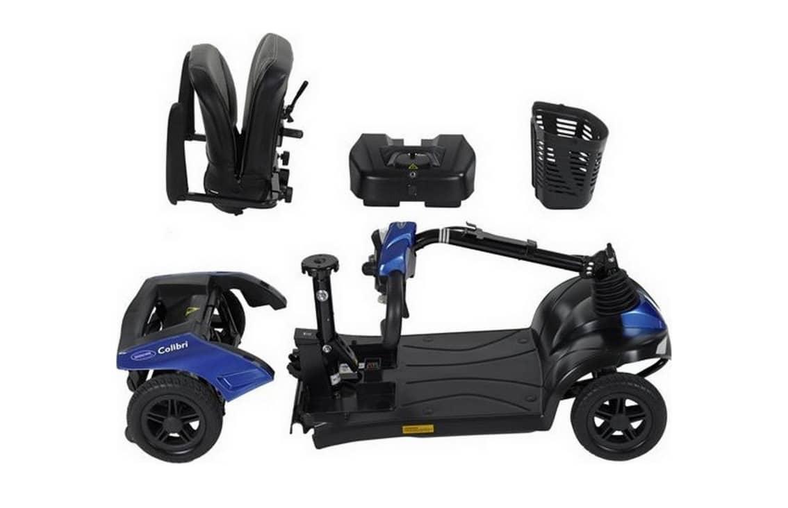 Scooter azul e preta desmontada
