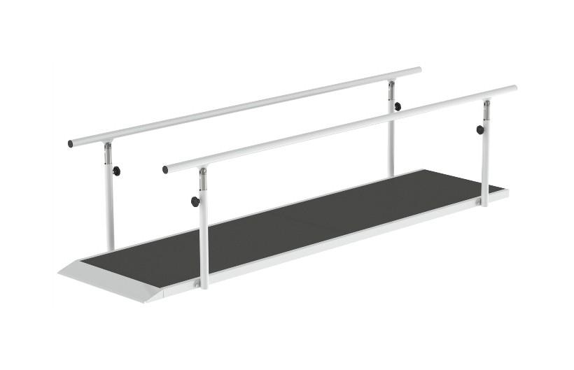 Barras Paralelas com Tapete da Hcaresol com estrutura em aço e tapete em tela antideslizante. Material de Fisioterapia regulável em diferentes alturas