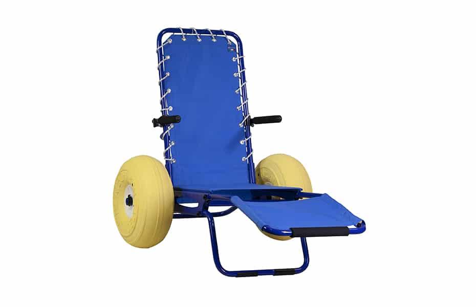 Cadeira de rodas para praia e piscina Job Chair da Neatech, em alumínio, podendo entrar na água. Deslocação fácil na areia, acesso ao mar e transferência.