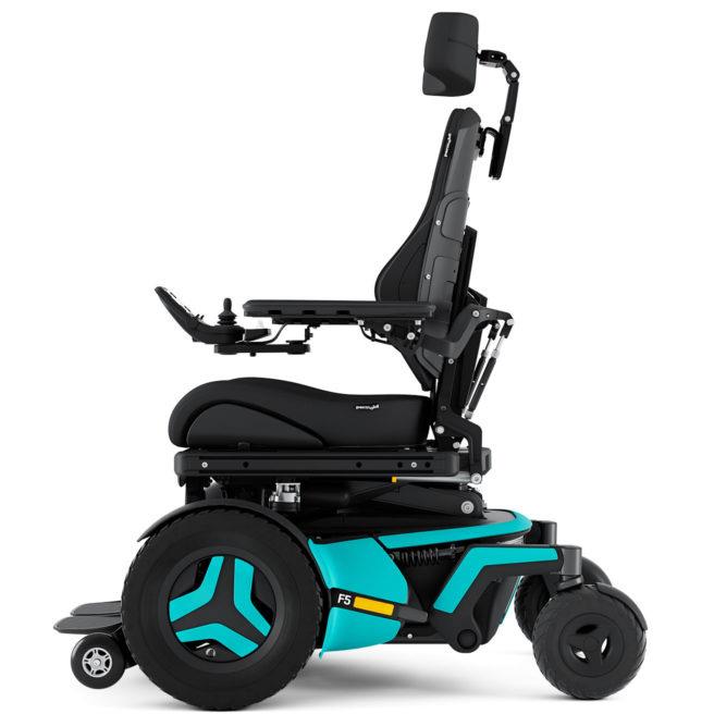 Permobil F5 Corpus cadeira de rodas elétrica