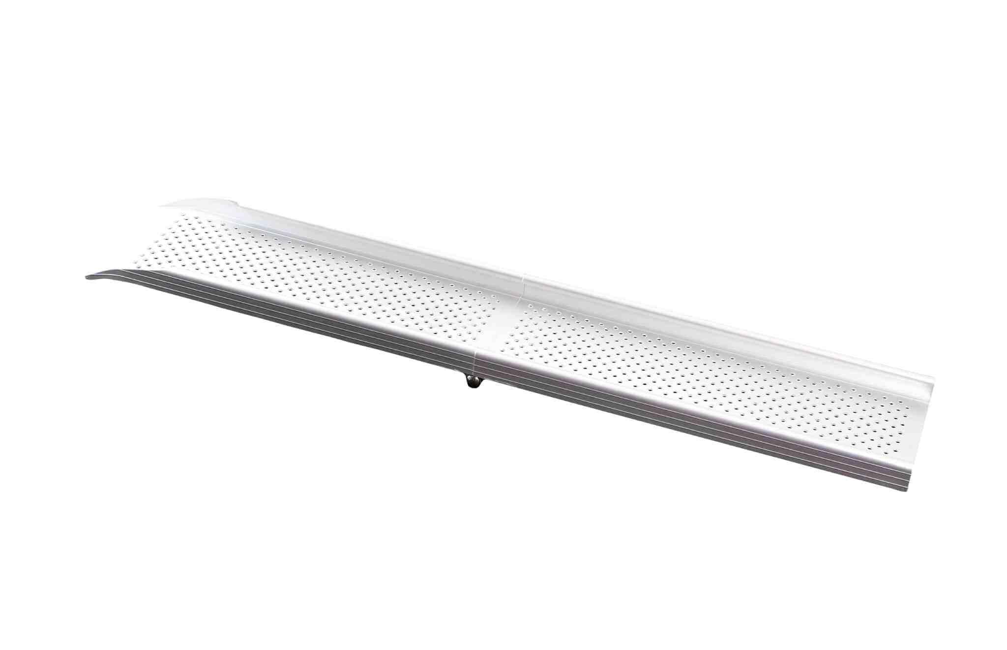 Rampas dobráveis FL110 da Feal portáteis, leves e mais económicas. Compatíveis com cadeiras de rodas manuais e aptas para desníveis de 1 degrau/ 20 cm.