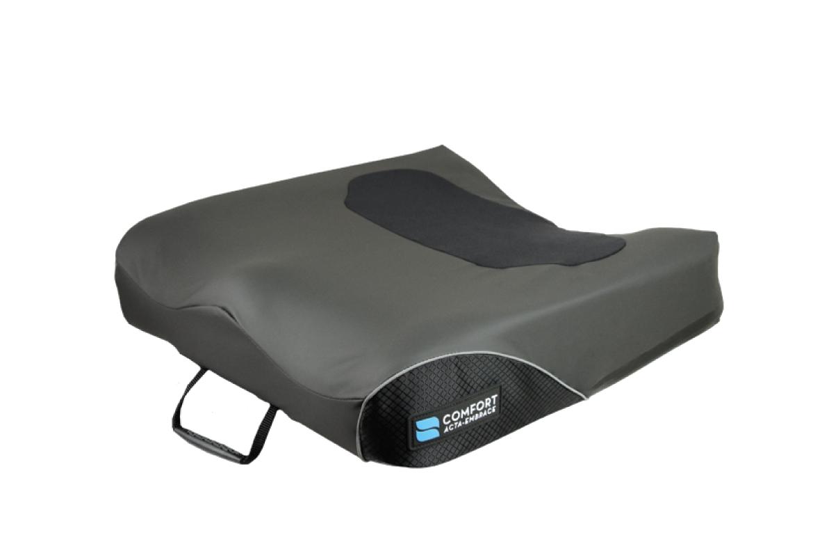 Almofada Acta-Embrace Anti-Thrust da Comfort Company, para cadeira de rodas, em espuma, concebida para crianças e jovens adultos com necessidades complexas.