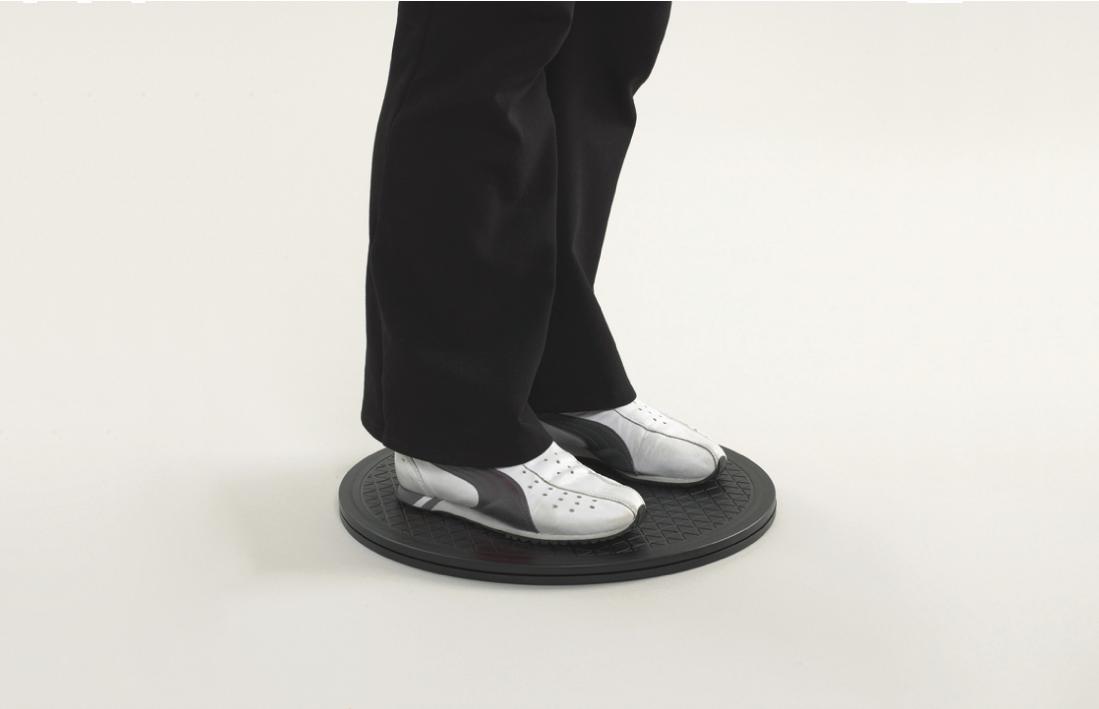 Disco Giratório Económico da Ayudas Dinamicas, bastante leve e resiste. Permite a transferência do paciente e rotação de 360º.